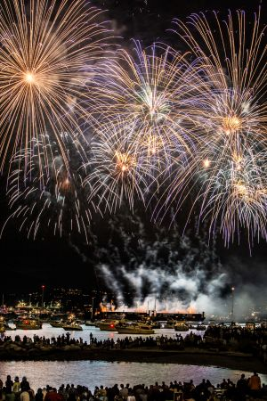 Celebration-of-light-Vancouver-by-Martin-Szabo-20.jpg