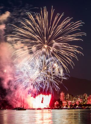 Celebration-of-light-Vancouver-by-Martin-Szabo-31.jpg